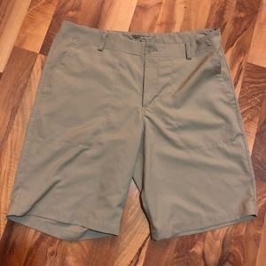 Brand New without Tags Men's Nike Golf Shorts